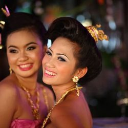 Thai Women vs Filipino Women: Who Makes Better Wives and Girlfriends?