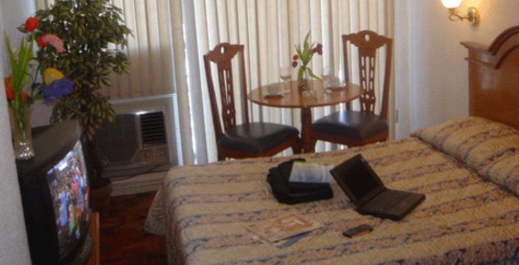 Makati Guest Friendly Hotels: Citadel Inn Makati