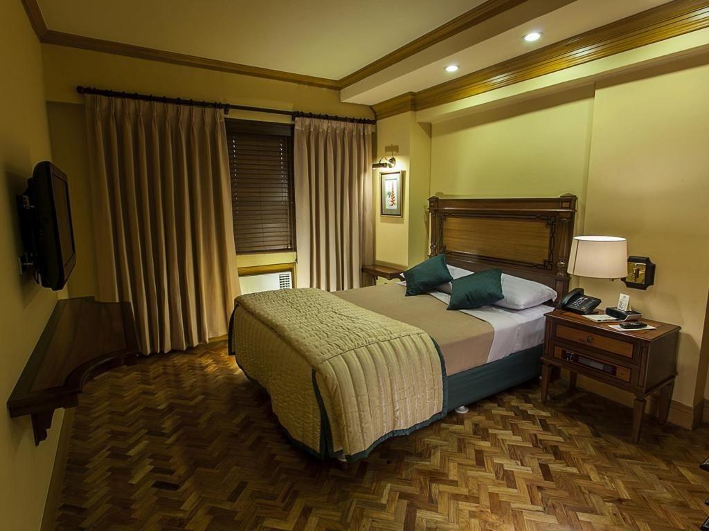 Makati Guest Friendly Hotels: Herald Suites Makati