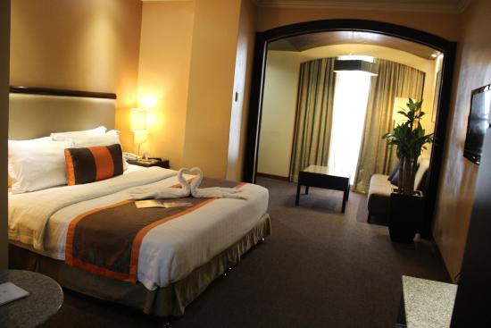 Makati Guest Friendly Hotels: Makati Palace Hotel