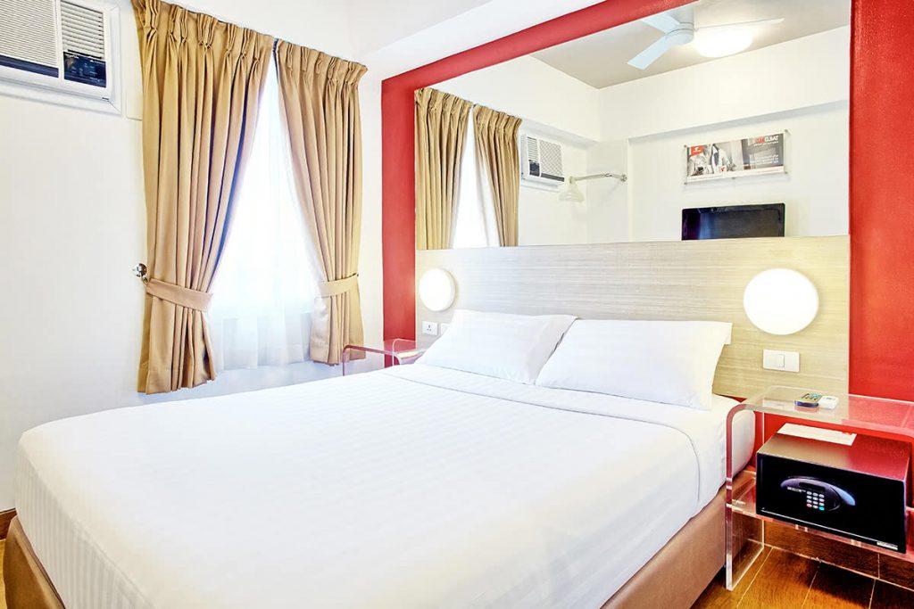 Makati Guest Friendly Hotel: Red Planet Makati