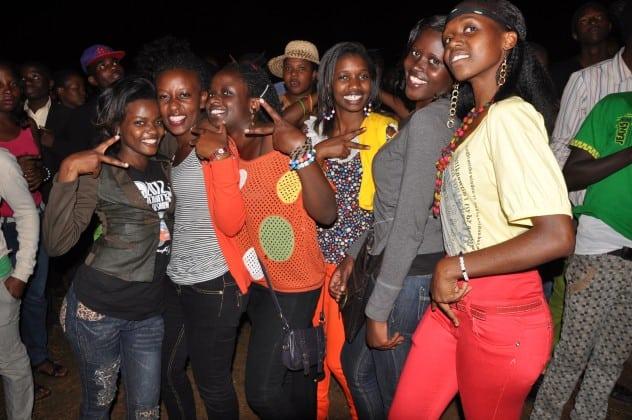 Belles filles ougandaises